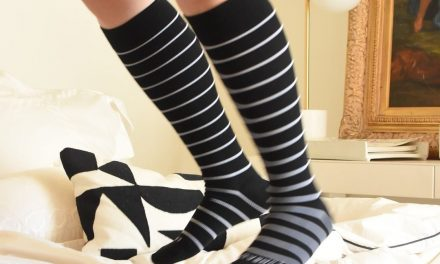 Comrad – Socks with Benefits